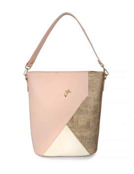 Τσάντα χειρός veta ροζ σε συνδυασμό με χρυσό και μπεζ λεπτομέρεια . Μπορεί να φορεθεί και ως χιαστί (713-35)